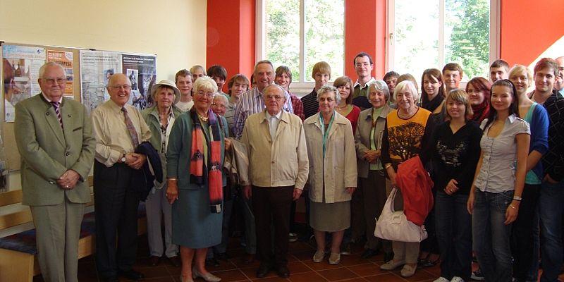 Ehemalige besuchten nach 61 Jahren das Clemens-Winkler-Gymnasium Aue